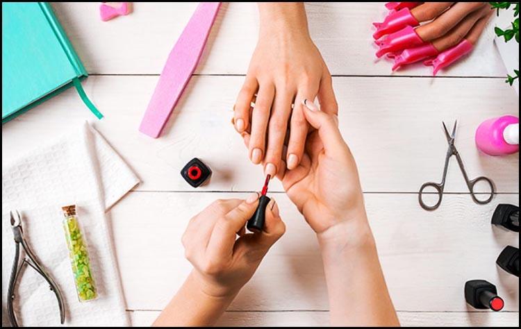 восстановление оборудованием для маникюра в Минске и средствами для ногтей